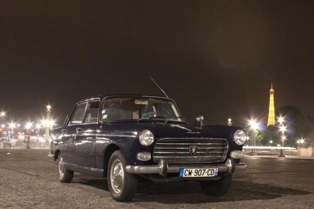 Peugeot 404 Tour Eiffel