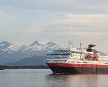 Découvrez la Norvège sur les navires classiques de croisière Hurtigruten