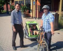 Savoir rouler avec une remorque pour vélo enfant, nos conseils