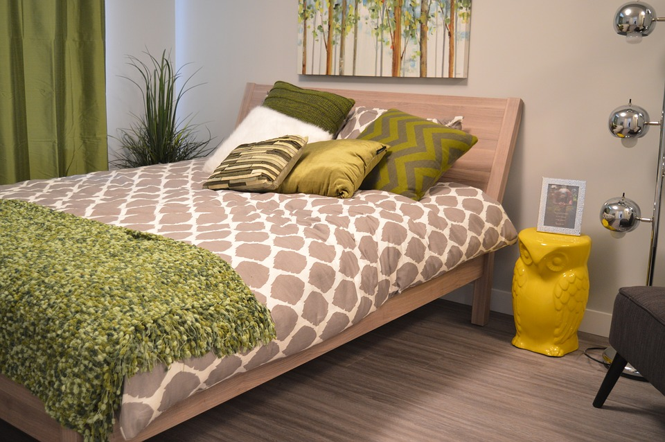 bedroom-1158264_960_720