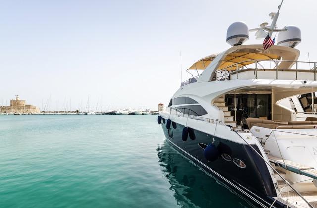 yacht-corse