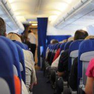 La cigarette électronique en avion : les règles à suivre