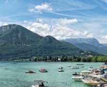 Annecy, un joyau touristique au pied des Alpes