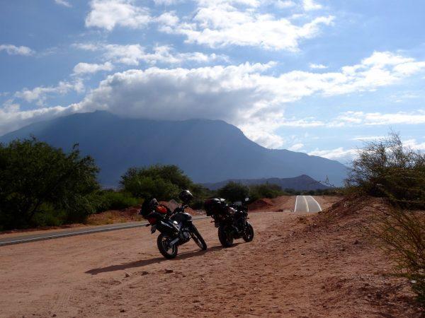 Découvrir la Birmanie en road trip à moto