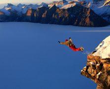 Les plus belles chutes libres à travers le monde en saut à l'élastique !