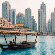 Visiter Dubaï en bateau: quels lieux admirer?
